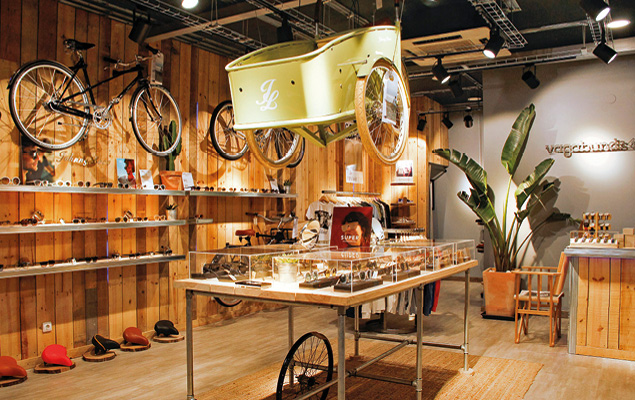 d7e2837342 Uma loja muito cool onde encontra uma grande escolha de óculos